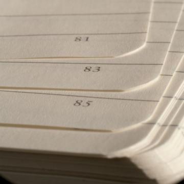 LEUCHTTURM1917 310174 Notizbuch Master Slim (A4+), Hardcover, 123 nummerierte Seiten, Schwarz, kariert - 7
