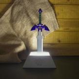 The Legend of Zelda Lampe Master Sword silbergrau, Schaft mehrfarbig, Batterie- oder USB Betrieb, im Geschenkkarton. - 1
